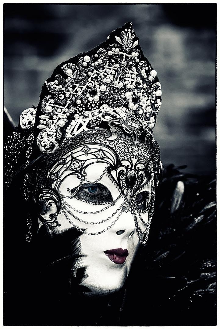 Die schwarze Königin !