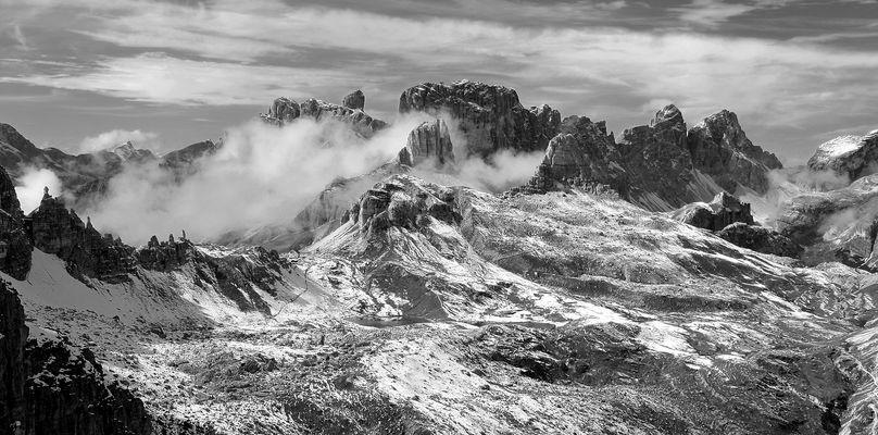 Die Sextener Dolomiten mal in SW, F 11 Taste Vollbild. Blick von der…