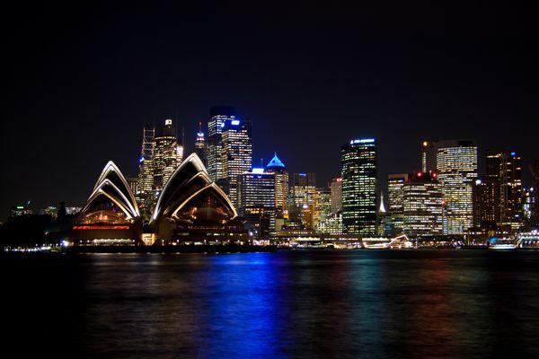 Die Skyline von Sydney bei Nacht... - Australien, New South Wales