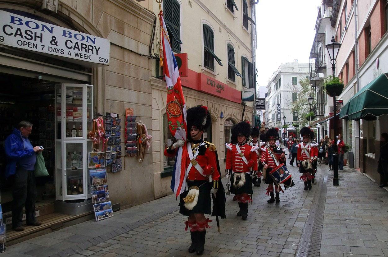 Die Soldatenparade in Giblartal