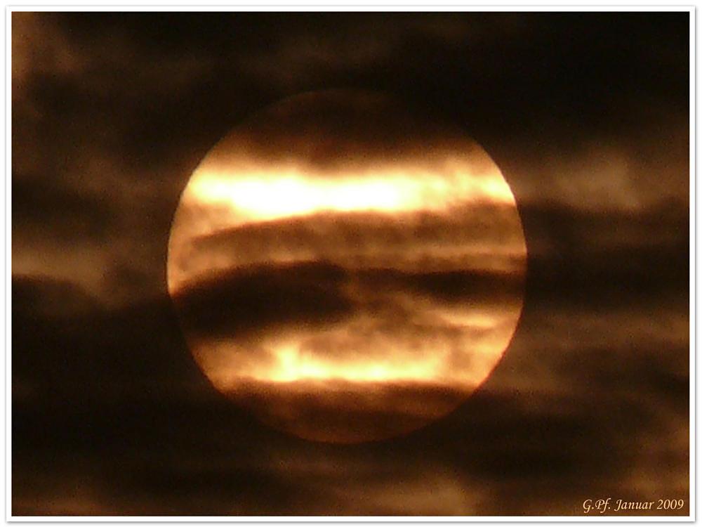 Die Sonne - ein Wolkengemälde