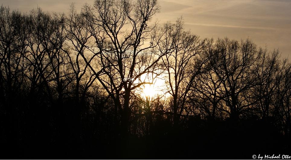 Die Sonne geht unter !!