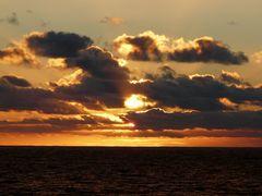 Die Sonne geht unter.....