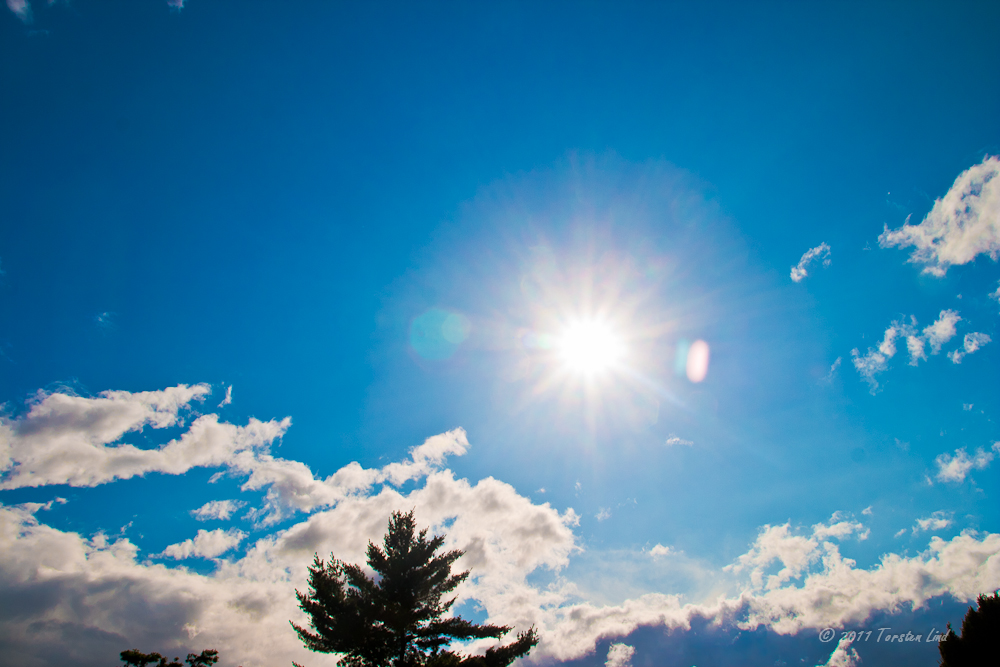 Die Sonnefressenden Wolken kommen .....