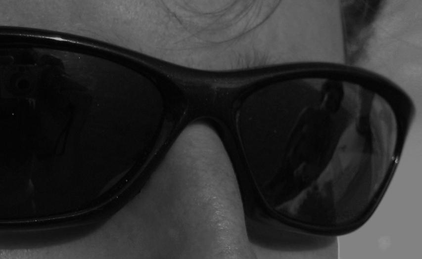 Die Sonnenbrille als Spiegel