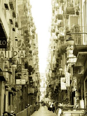 Die Spanischen Gassen von Napoli