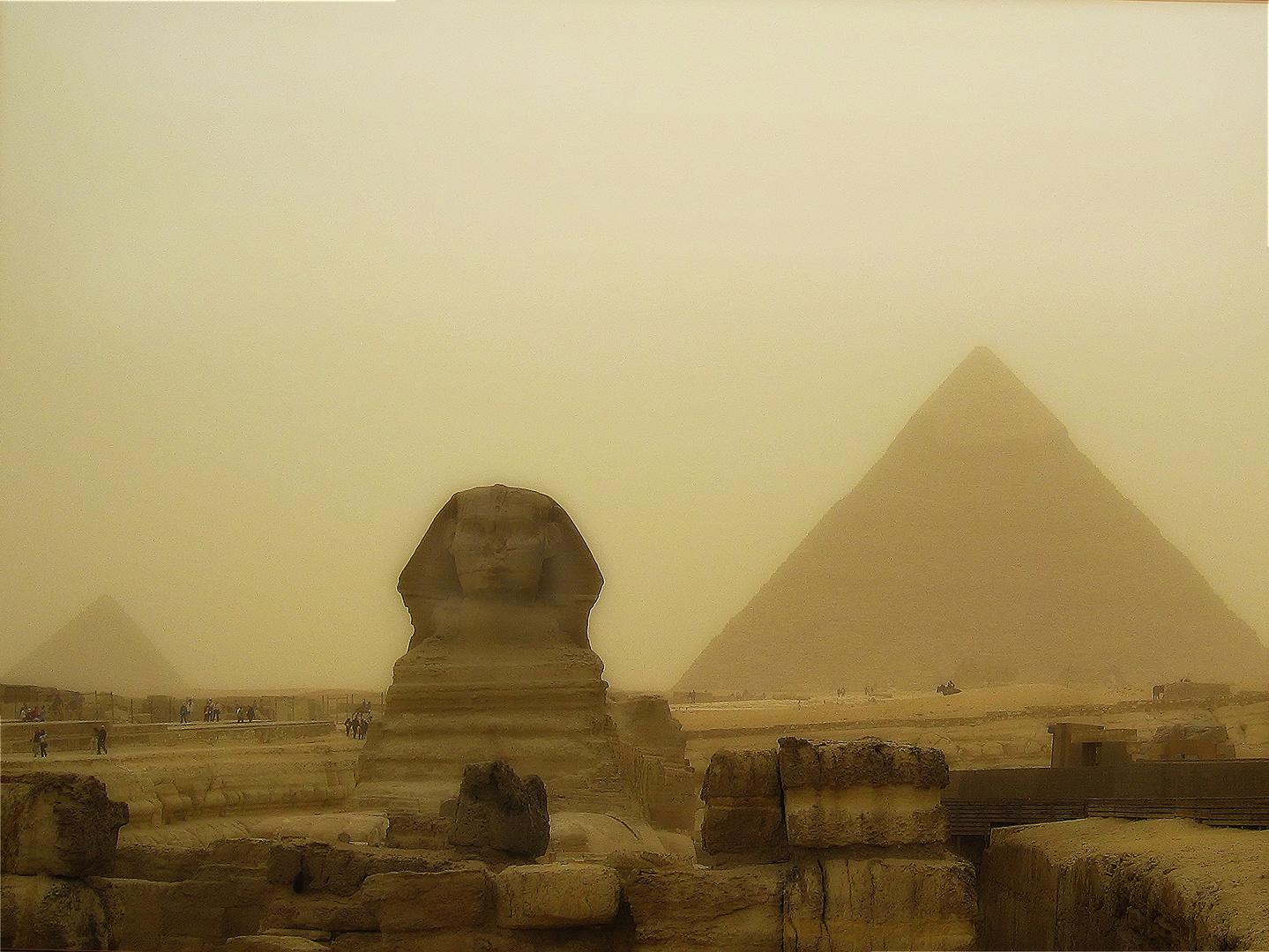 Die Sphinx im Sandsturm