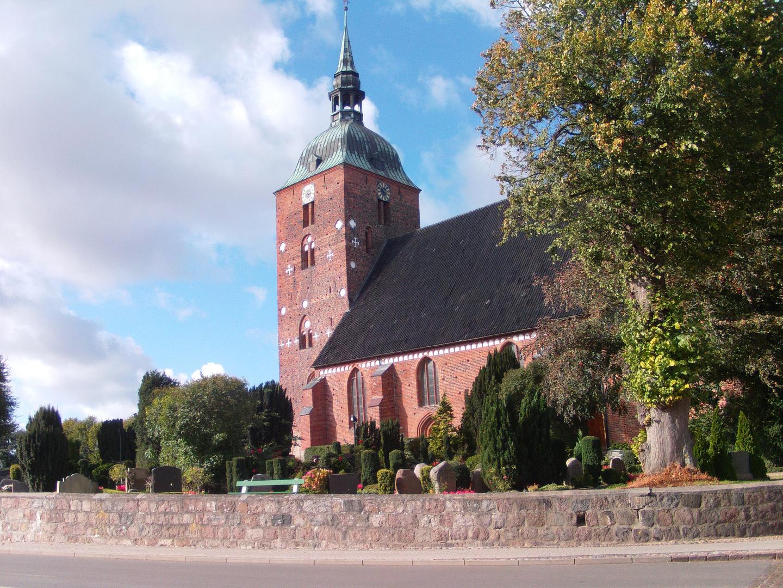 Die   St. Nikolaikirche in Burg auf Fehmarn