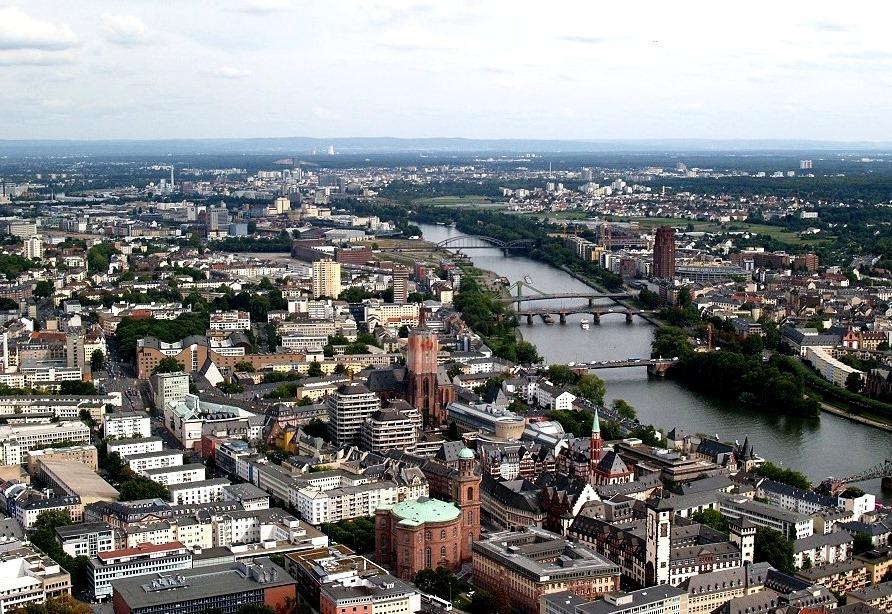 Die Stadt am Fluß