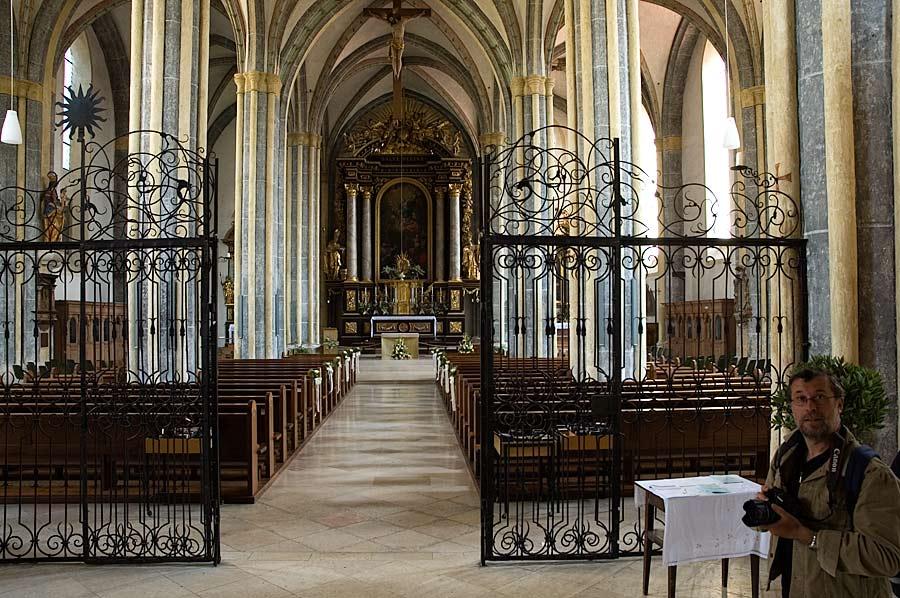 Die Stiftskirche in Laufen