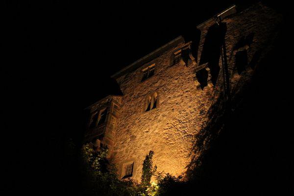 Die Tannenburg bei Nacht 2