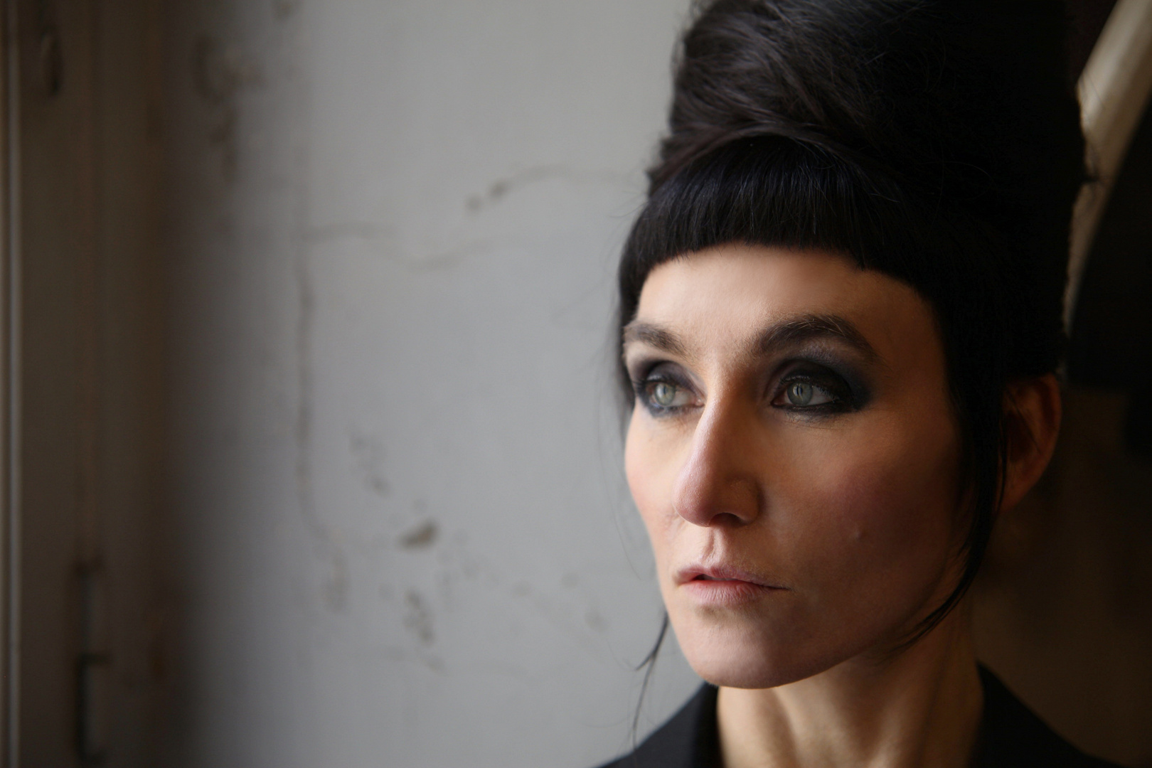 ' Die Tapferen Haende im Chaos der Zeit ' Mika'Ela Fisher