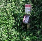 Die Telekom baut im Grünen...oder auch im Grünen stehengelassen...