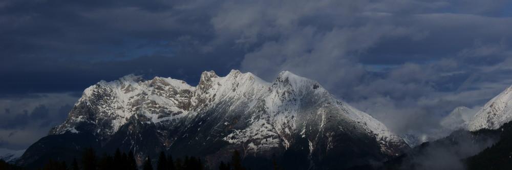 Die Tiroler Bergwelt