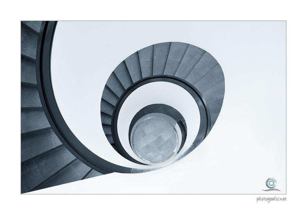 die treppe III