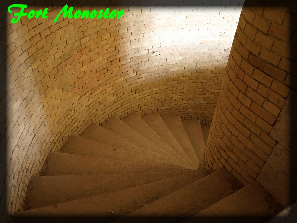 Die Treppe ins Ungewisse - Stair into the dark
