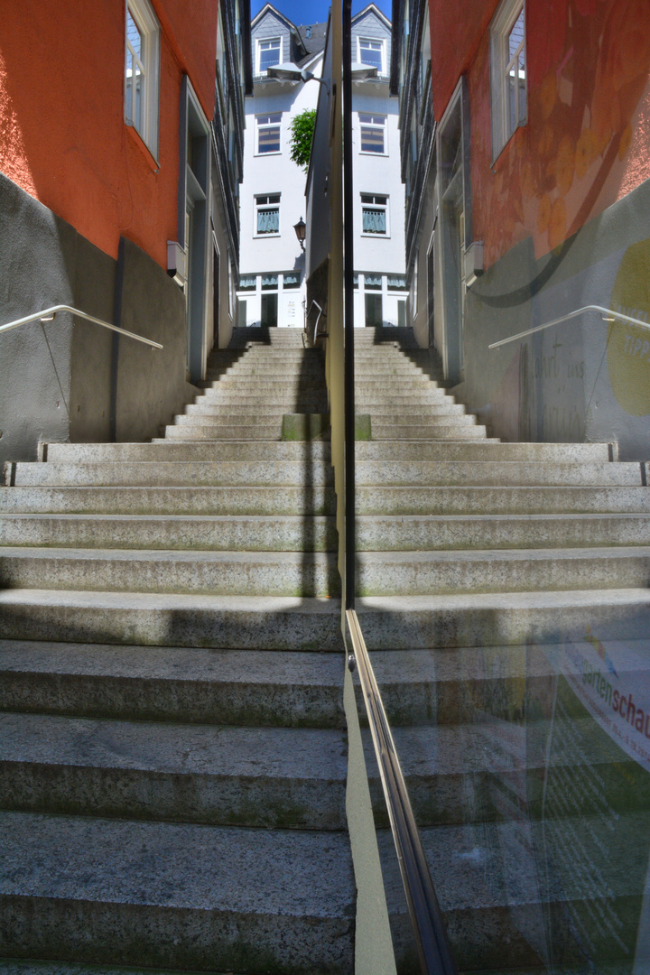 Die Treppe; zum dritten Erfolg ?