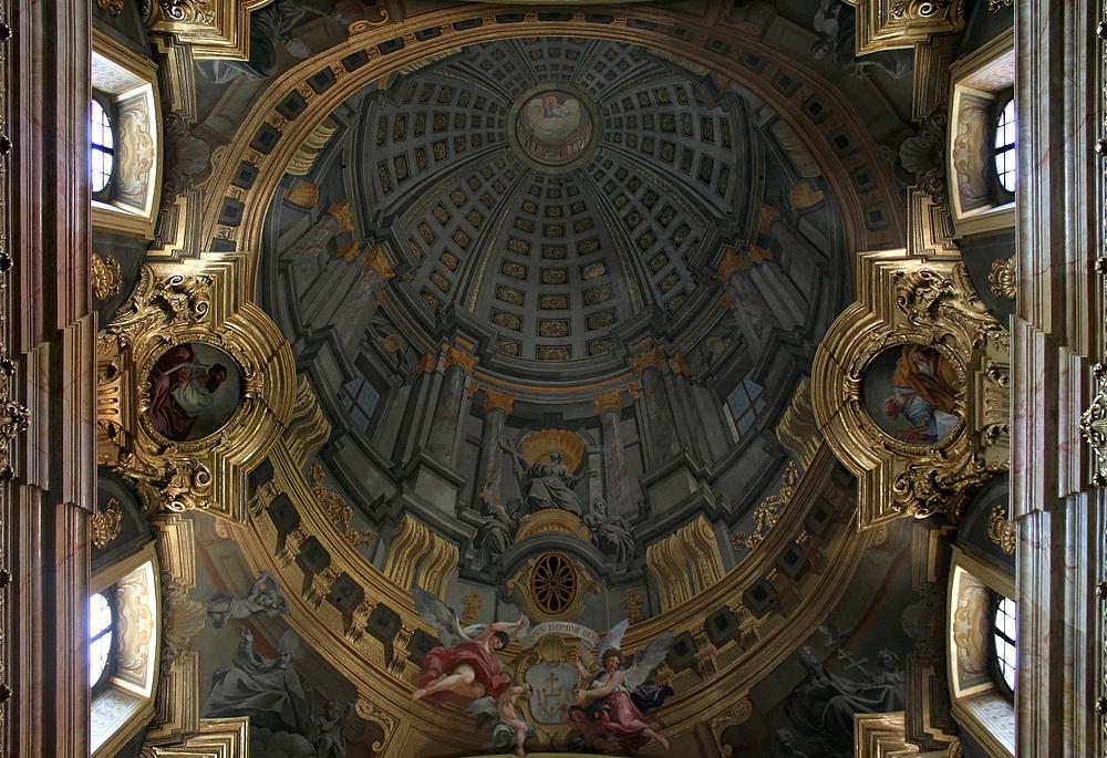 Die Trompe-l'œil-Scheinkuppel in der Jesuitenkirche (3)