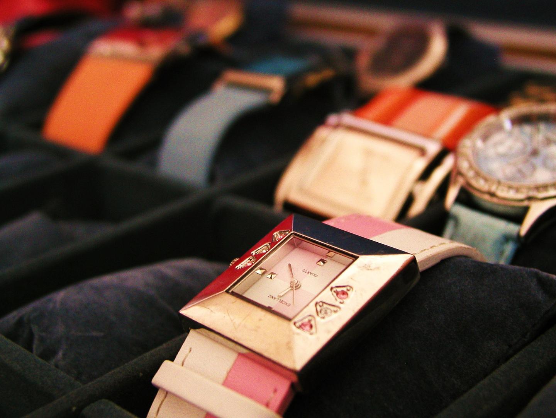 Die Uhren meine Mum ;D