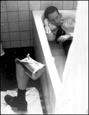 Die Verfolgung und Ermordung Uwe Barschels dargestellt durch die Schauspielgruppe der
