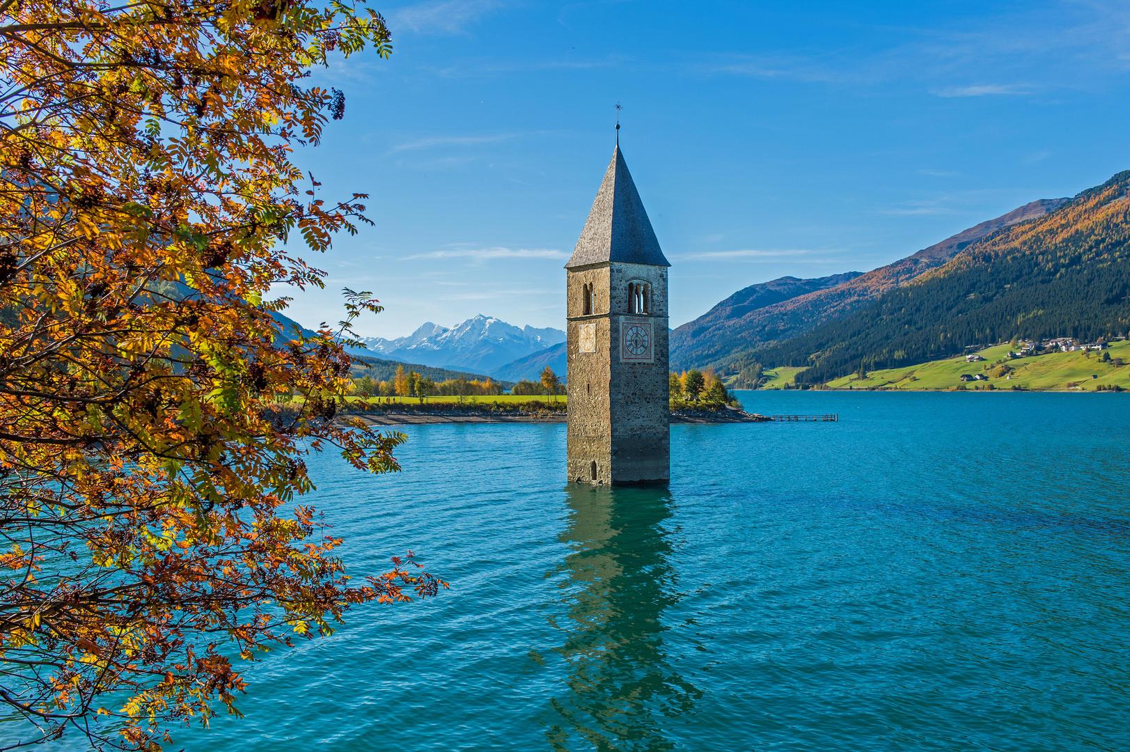 Die versunkene Kirche von GRAUN - Reschensee - Südtirol