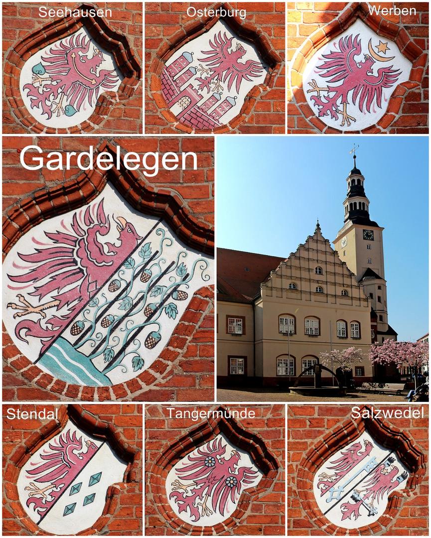 Die Wappen der 7 altmärkischen Hansestädte am Rathaus Gardelegen