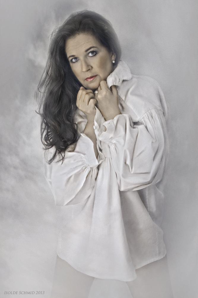 Die weiße Bluse