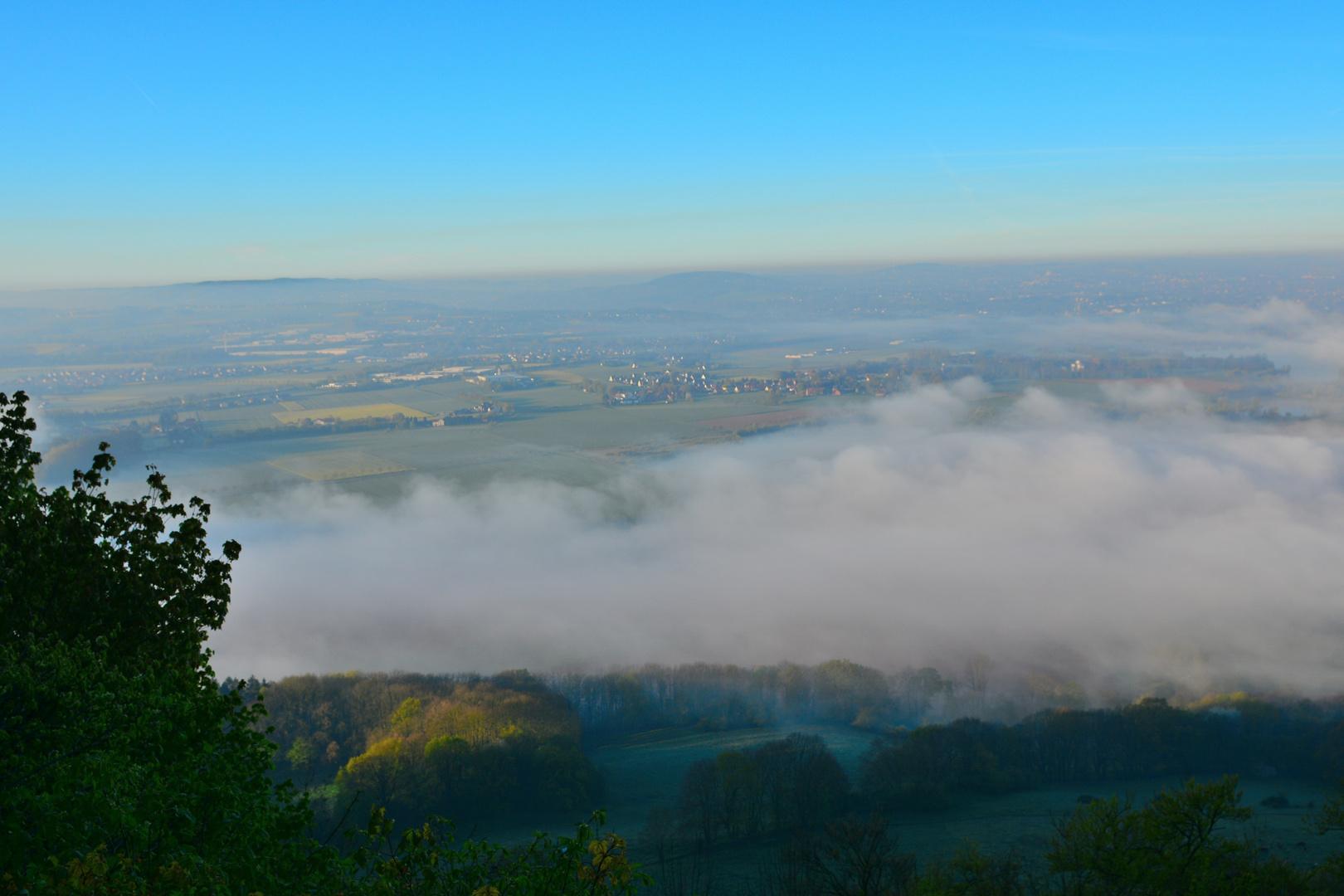 Die Weser im Nebel