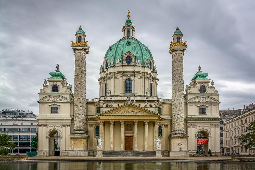 Die Wiener Karlskirche