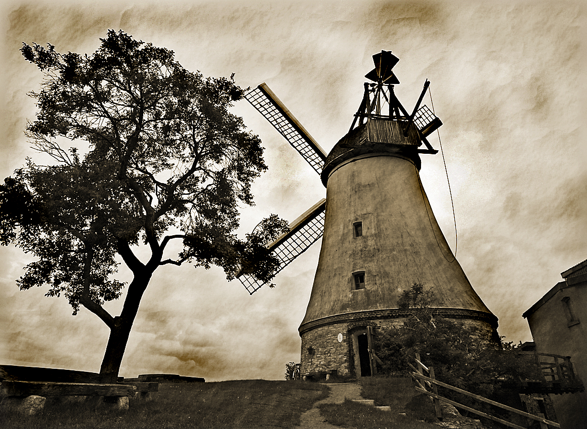 Die Windmühle in Lechtingen
