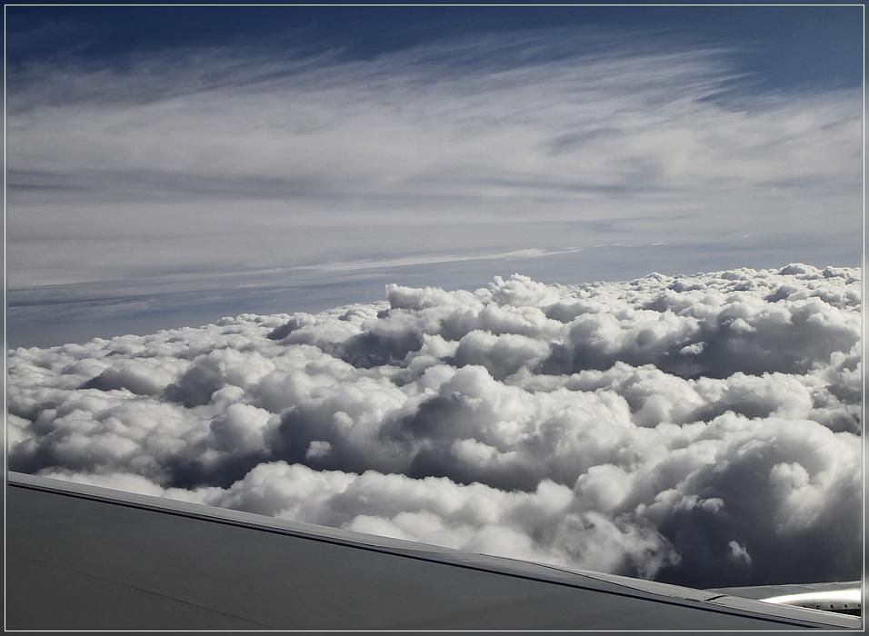 Die Wolken: ...