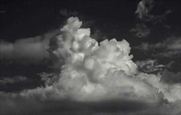 Die Wolken-Sphinx ...