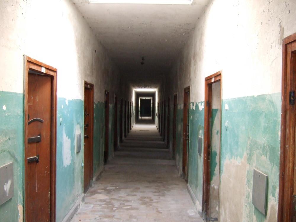 Die Zellen der Sonder-Häftlinge im KZ Dachau