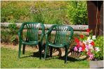 Die zwei Stühle an der Sonne...
