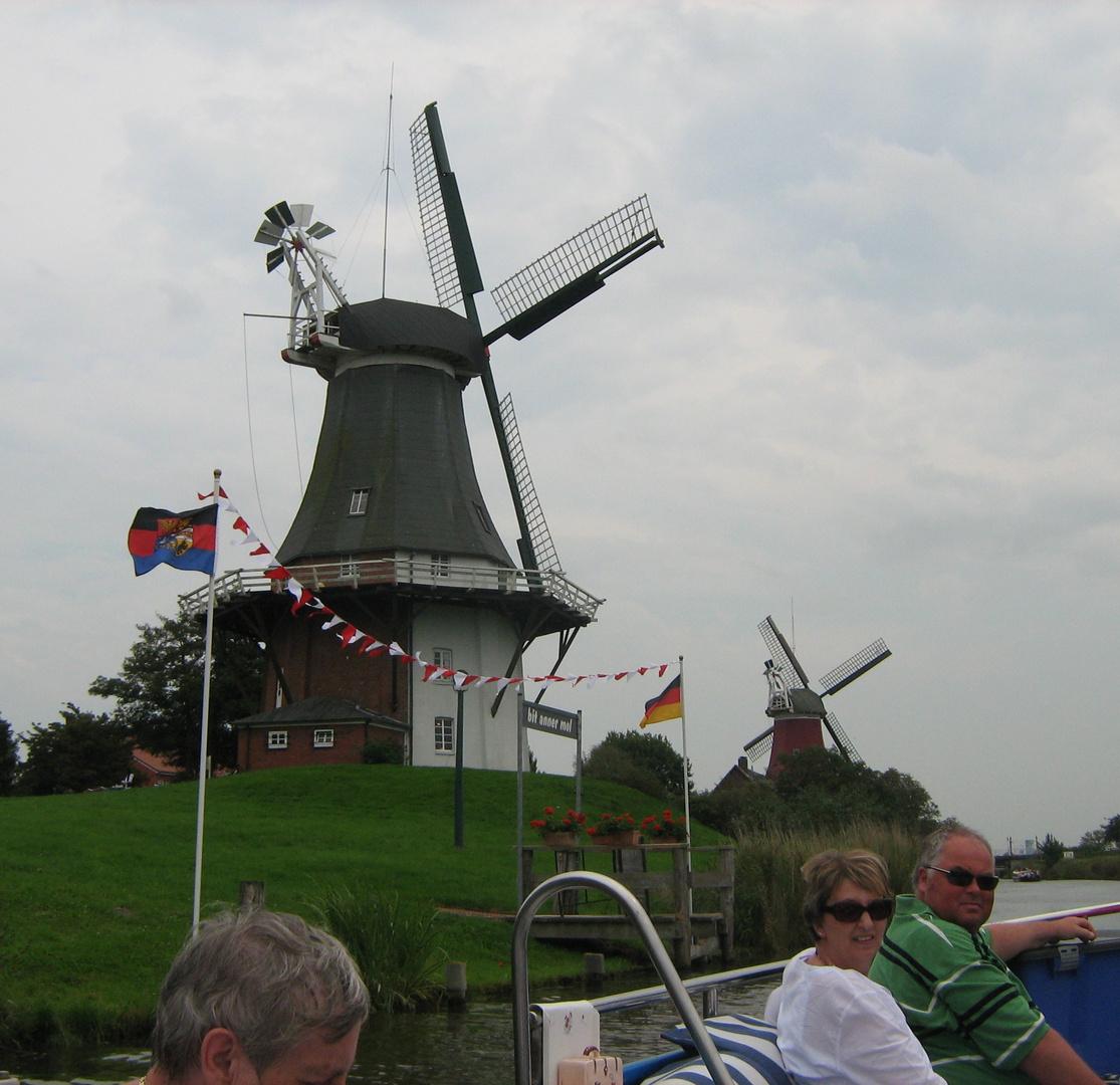 Die Zwillingsmühlen von Greetsiel 2011