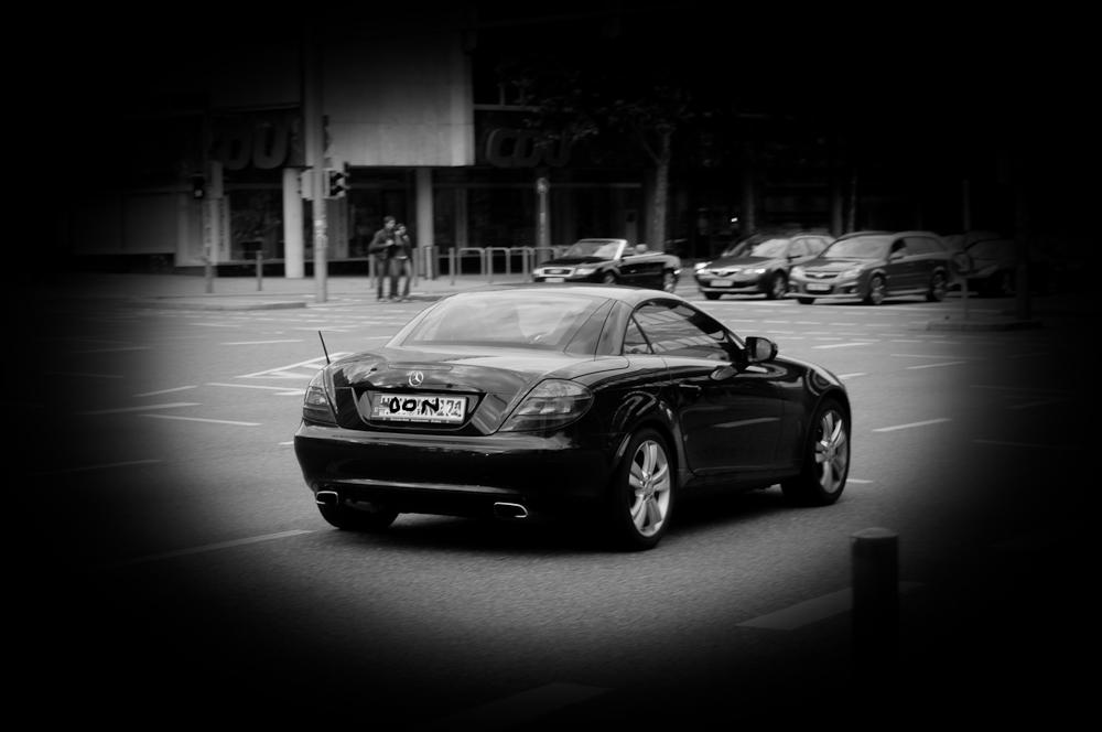 Diese Fotorowdies mit ihren Sportwagen