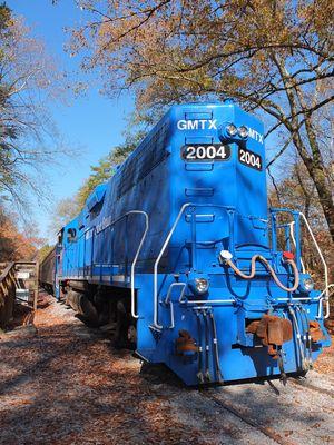 Diesel-E-Lok / EMD GP38-2