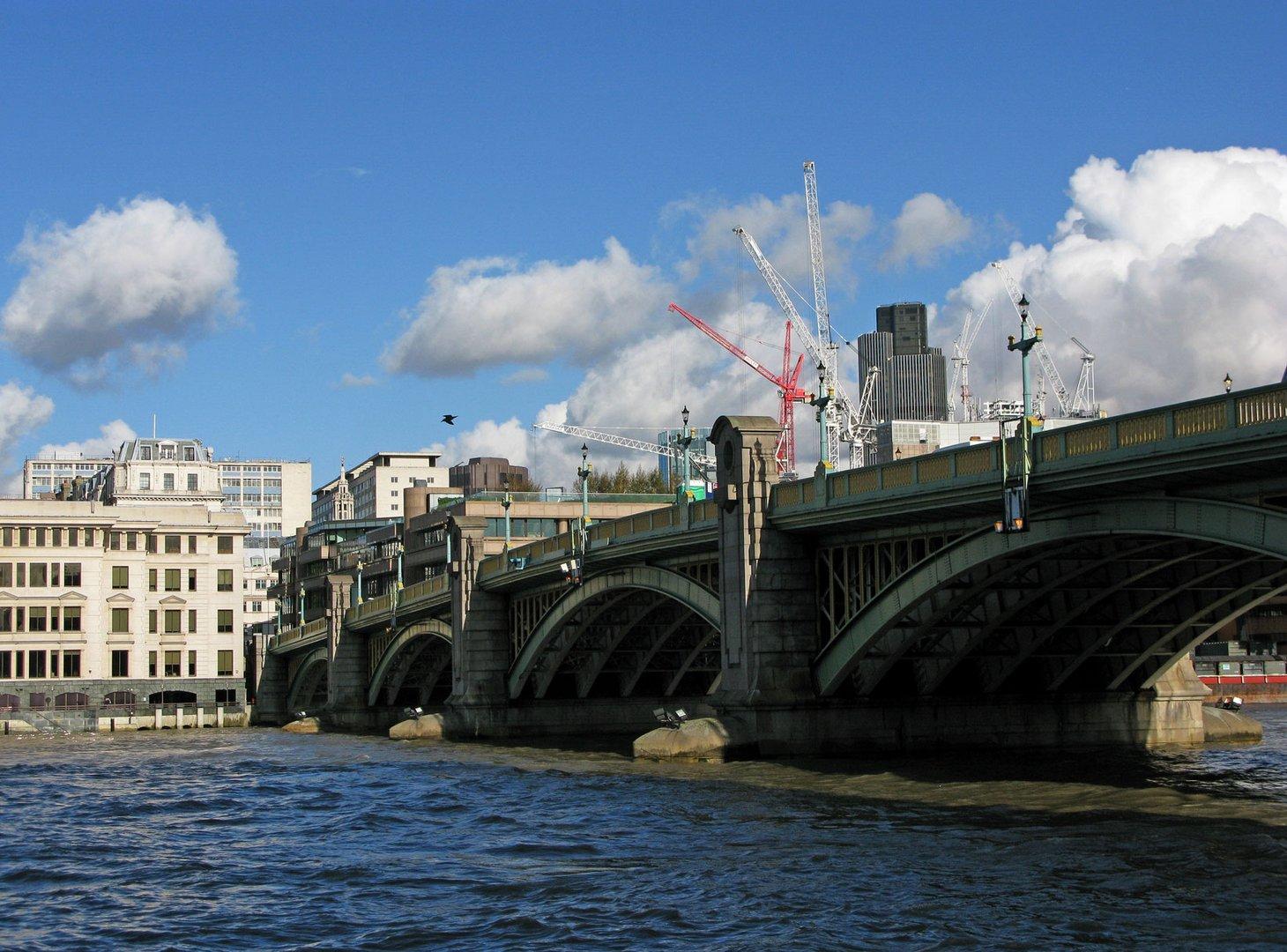 Dieselbe Brücke - ein anderer Standpunkt