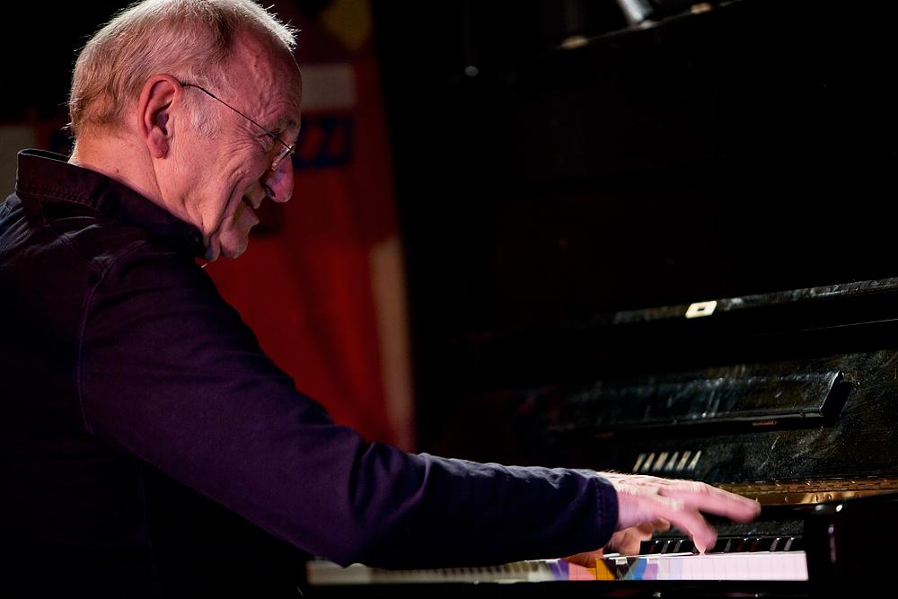 """Dieter Glawischnig - piano """"Projekt Echtzeit"""""""