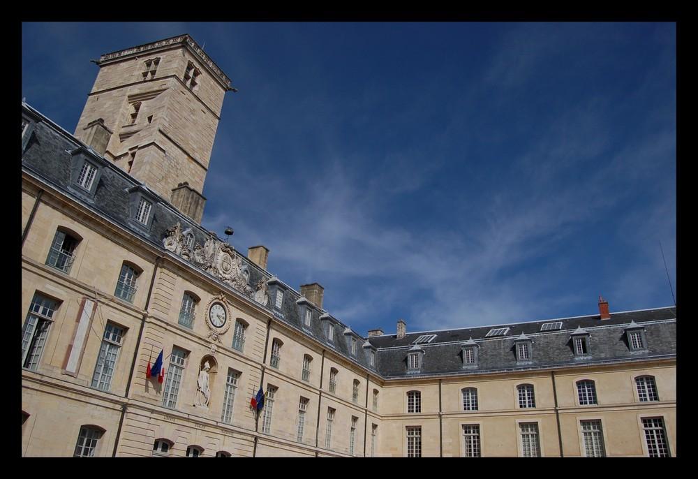 Dijon - La tour Philippe le Bon (1)