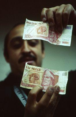 dinero falso - Falschgeld im Umlauf