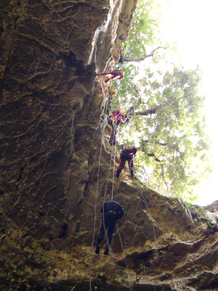 Discesa dalla Grave di Castellana Grotte