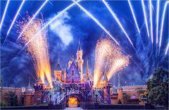 Disneyland firework 1