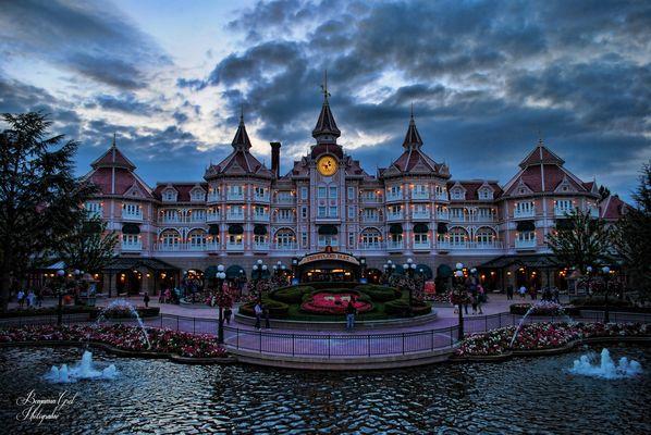 Disneyland Hotel de nuit