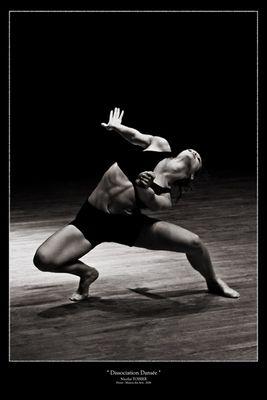 Dissociation Dansée