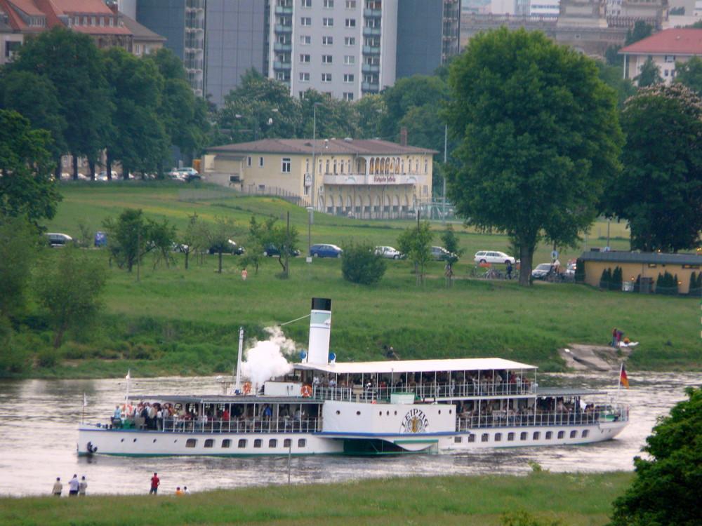 Dixieland Riverboat Shuffle Parade 2008 (3)