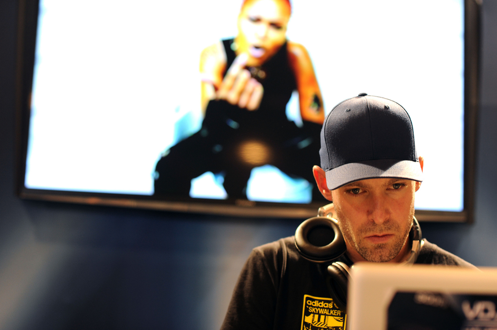 DJ II
