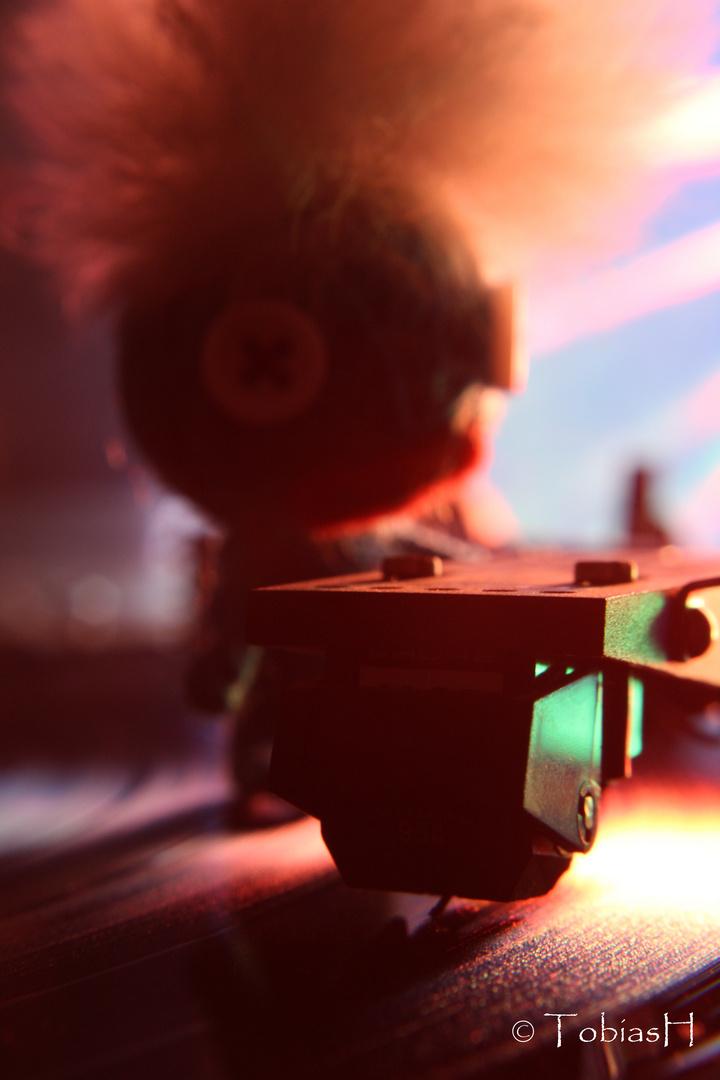 DJ VOODOO