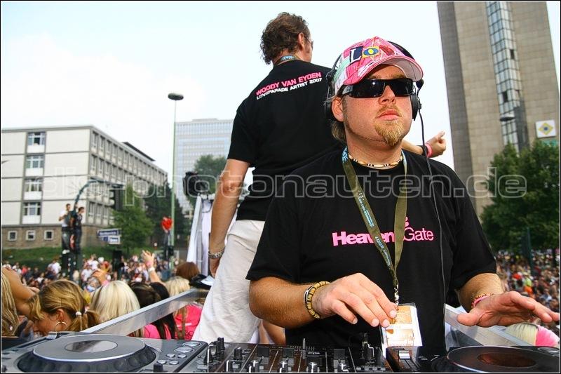 DJs @ Work !