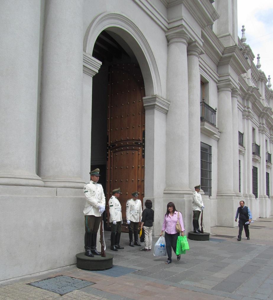 Doña Juanita no fue recibida por el Presidente